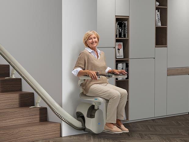蒂森克虏伯座椅电梯